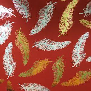 14129 Бумага для подарков Перья глянцевая 70см, 1м, красный