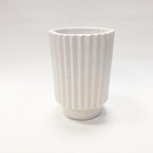 14288 Ваза керамическая Фринж, цв. белый