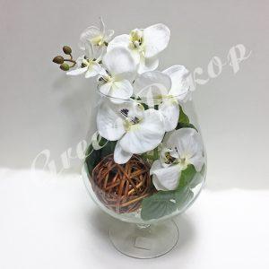 Композизия с орхидеей в вазе Бренди